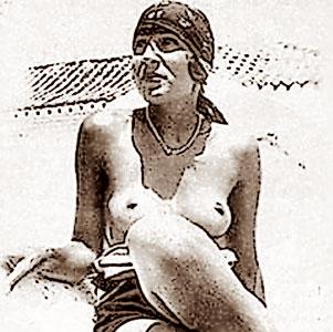 Gala Topless